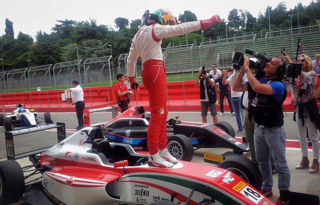 F4 Italian Championship Stroll Got The Lead Kartcom